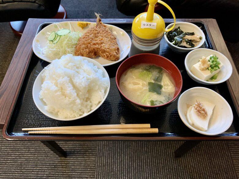 サウナしきじ アジフライ定食